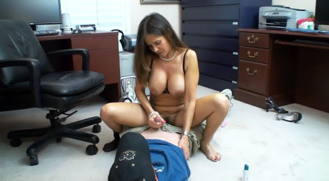 Free Mom Helps Son Porn Galery