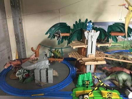 恐竜ランドの立っ端を確保01