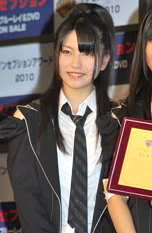 http://contents.oricon.co.jp/upimg/news/20101206/82735_201012060148003001291626497c.jpg