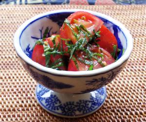 トマトと紫蘇のサラダ