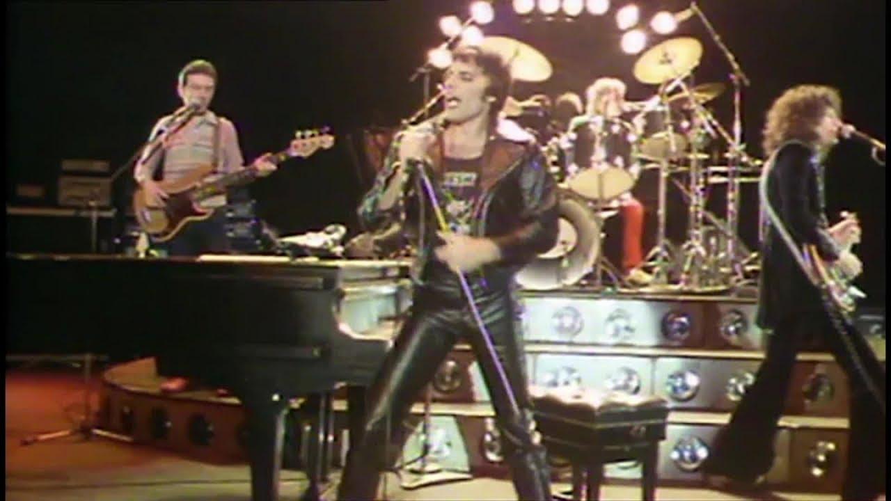 """Queen - 1970年代の""""Killer Queen""""など11曲のライブ、MV、TV番組映像を収めた""""Queen In The 70s""""を公開 -  Queen"""