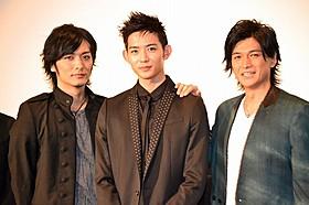 竜星涼(中央)ら人気若手俳優陣が共演するコメディ「マジックナイト」