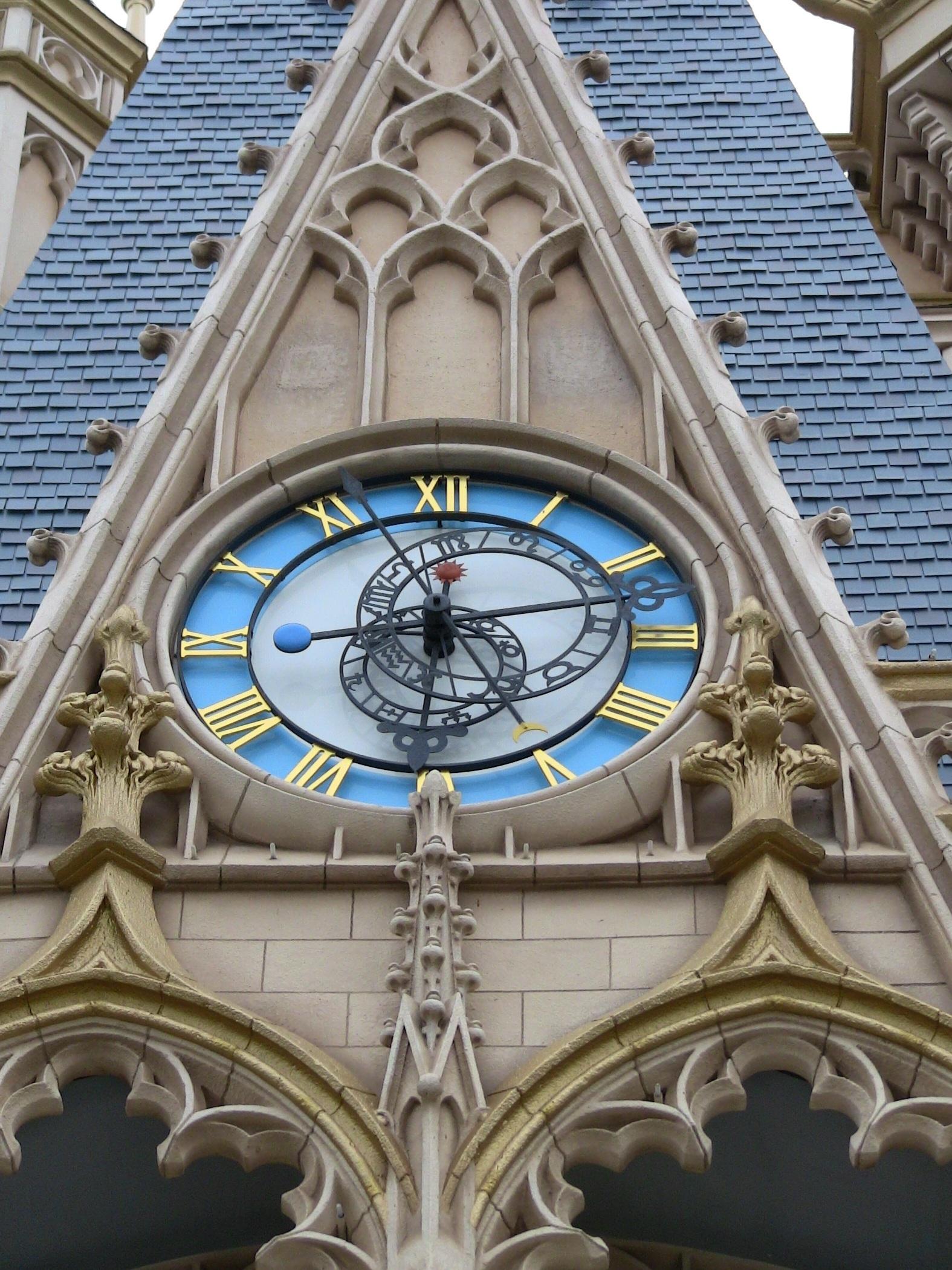 newest 90e5b 1880e ディズニーランドのシンデレラ城の時計 | キッズポータル