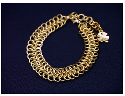 http://chainmailjewelry.info/entry15.html