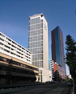 糸山タワー