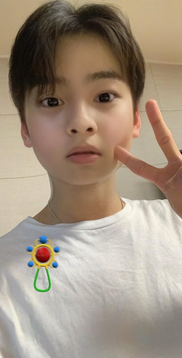 Astroチャウヌ赤ちゃんアプリで超絶可愛い顔を見せる