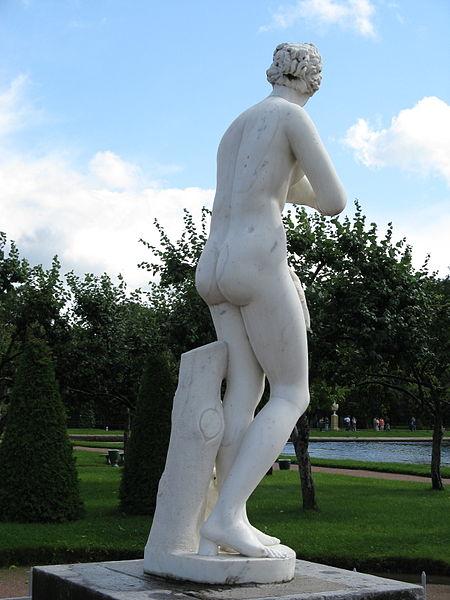 File:Aphrodite-3-Peterhof.jpg
