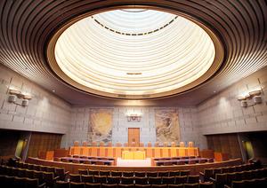 □国民審査を受ける最高裁裁判官7...