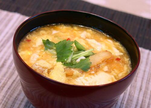 豆腐とキムチのたまごとじ汁レシピ