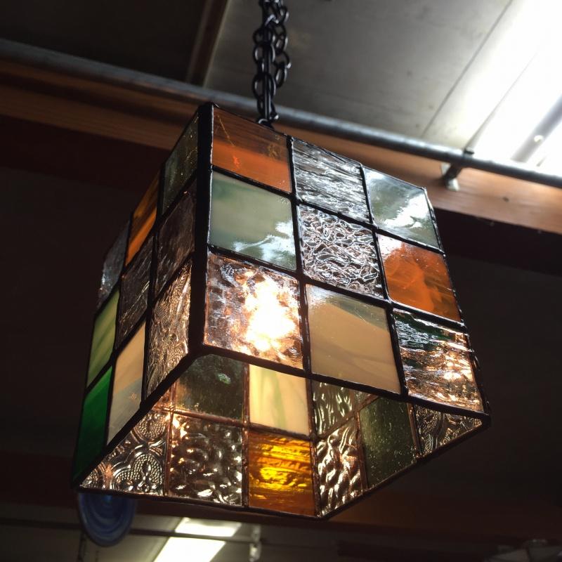 スタジオヤマノ, studioyamano, ステンドグラス, stainedglass, 大阪, 吹田, 北摂, 関西, 北摂習い事, ワークショップ, ワークショップ開催, ワークショップイベント, 出張ワークショップ, 出張レッスン, 出張教室, ランプ, ランプシェード, Lamp, ペンダント, ペンダントライト, , やりたいことをする, 作りたいものを作る, 使いたいもので作る,